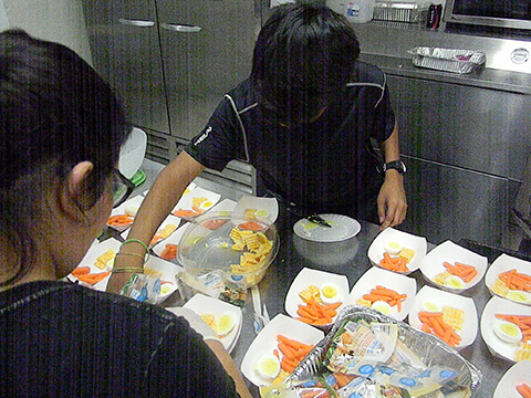 AmeriSchools Academy Phoenix students preparing food