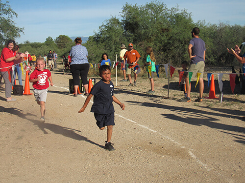 AmeriSchools Tucson Cross Country runners